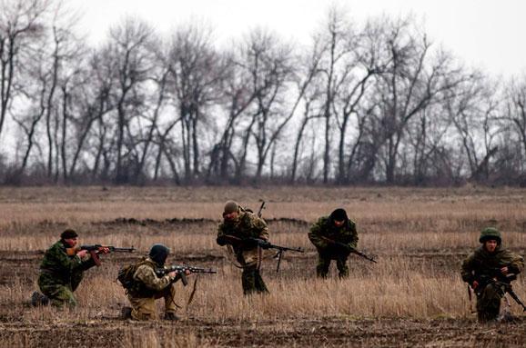 im578x383-terroristo-practise-shooting_REUTERS