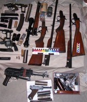 12_seizure_of_weapons_03