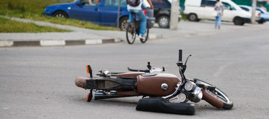 DTP-avariya-mototsikl-kaskad-0058-890x395