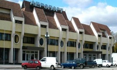 -аэропорт-Ивано-Франковск-главный-вход