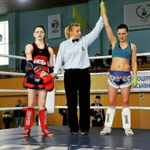 Патрульна з Івано-Франківська знову стала чемпіонкою України з тайського  боксу 28ee302d14af1