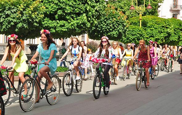 Івано-Франківськ переживає велосипедний бум - цим користаються велокрадії