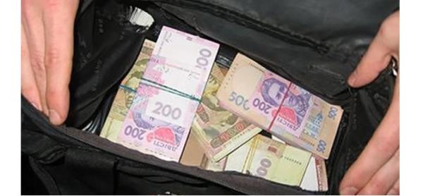 З будинку прикарпатської родини злодії винесли понад 100 тисяч гривень