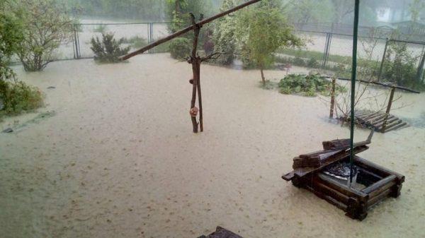 На Прикарпатті сьогодні може затопити ще шість районів